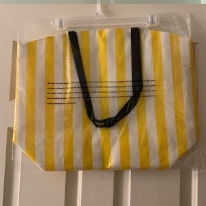 Bags - Adorable Summer Tote